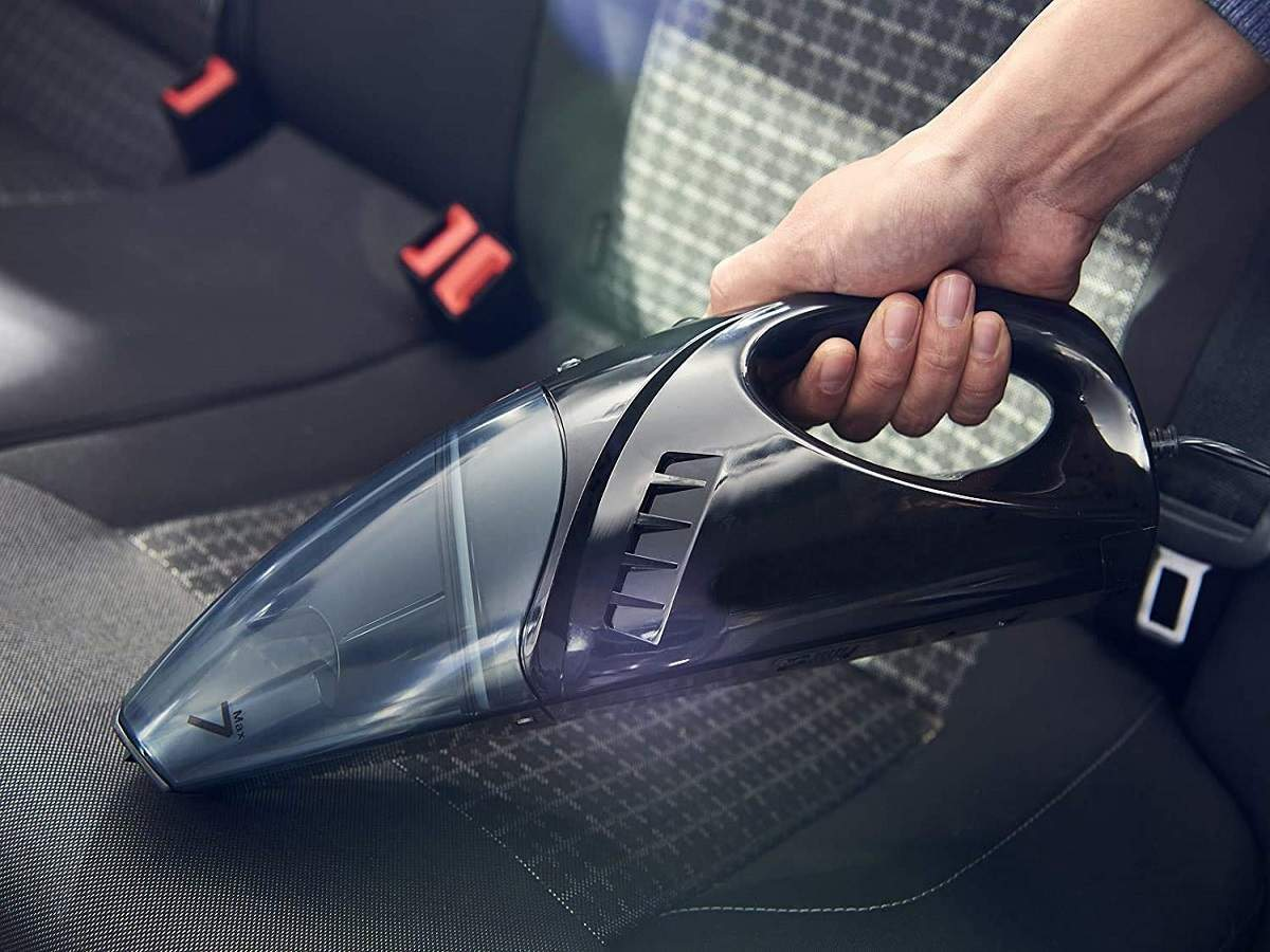 How to Buy a Vacuum Cleaner for Your Car
